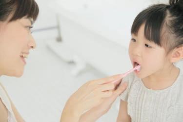 「乳歯はどうせ生え変わるから大丈夫」なんて思っていませんか? それは間違いです!